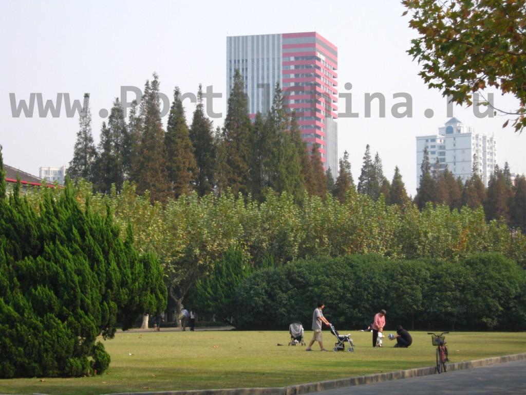 Территория Университета ECNU