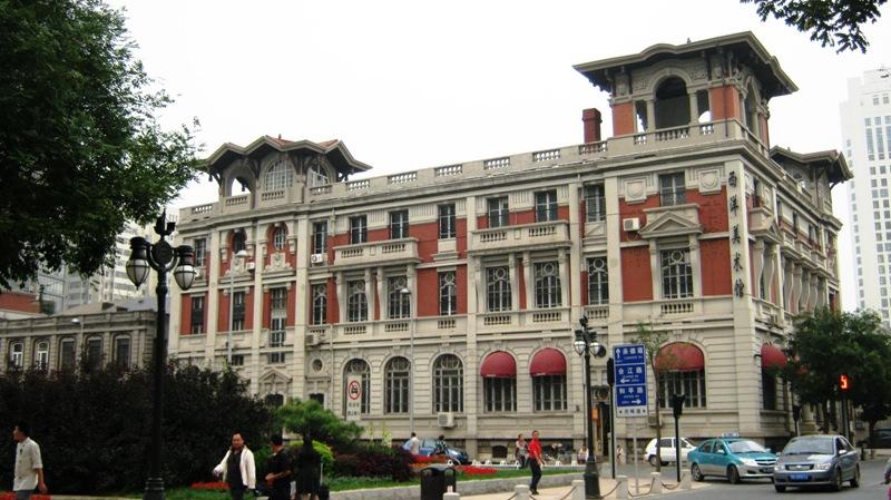 На фото: Улица Jie Fang Bei Lu
