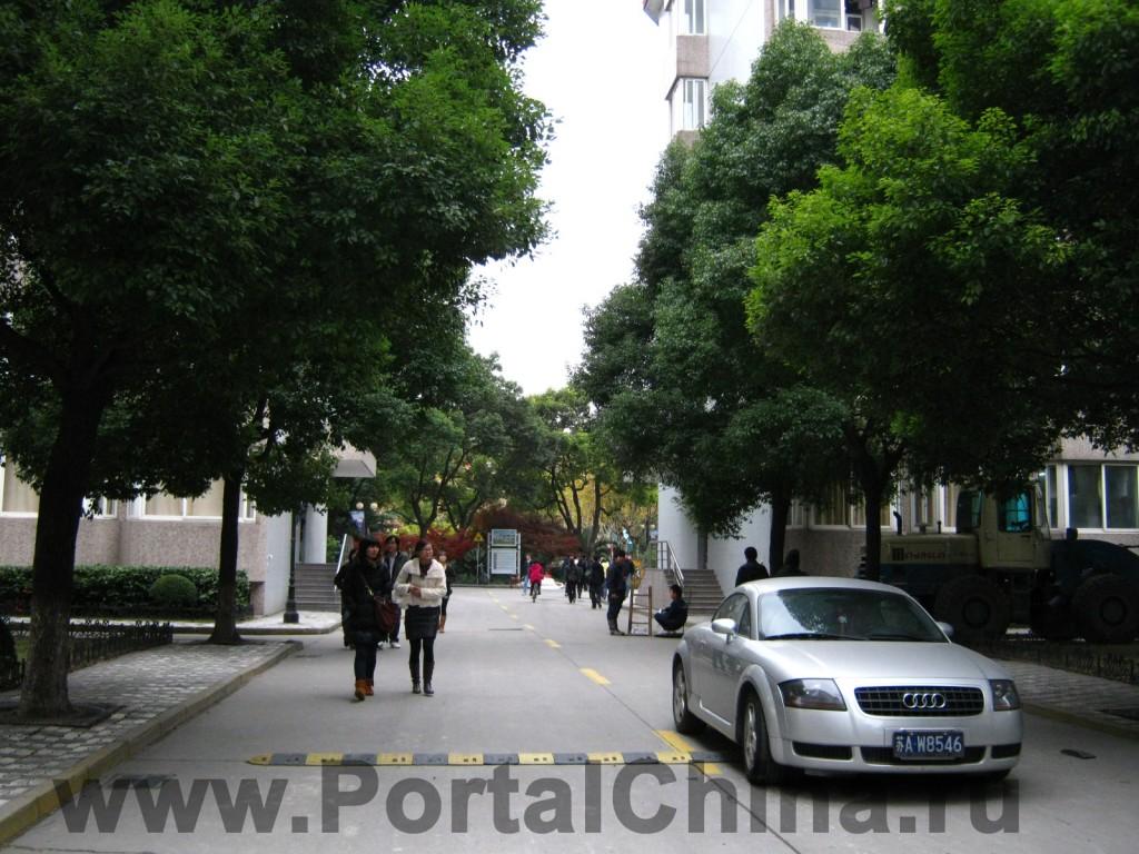 Donghua University (6)