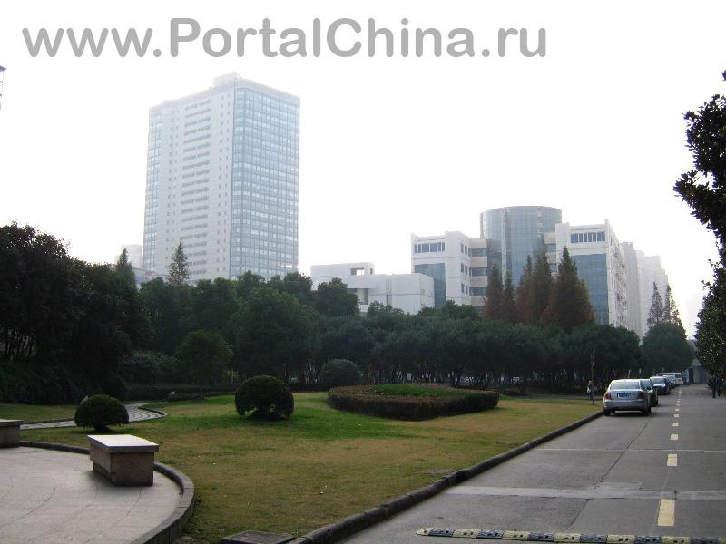 Donghua University (60)