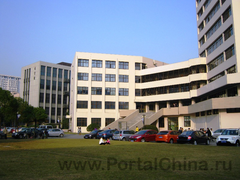 Donghua University (72)