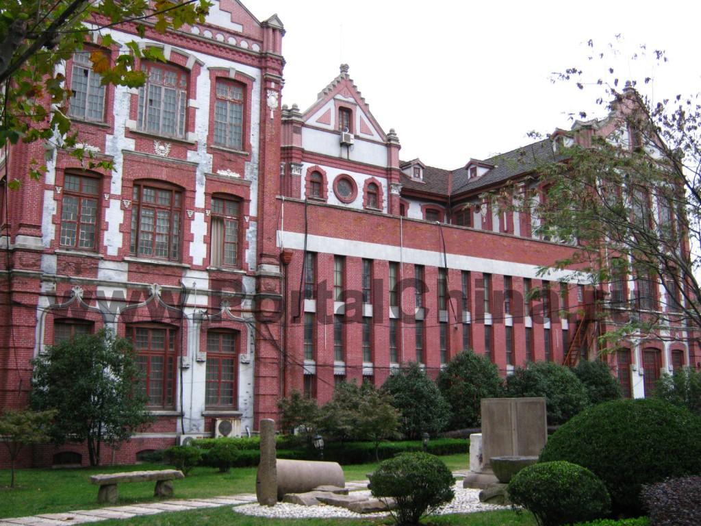 Территория Shanghai Jiao Tong University