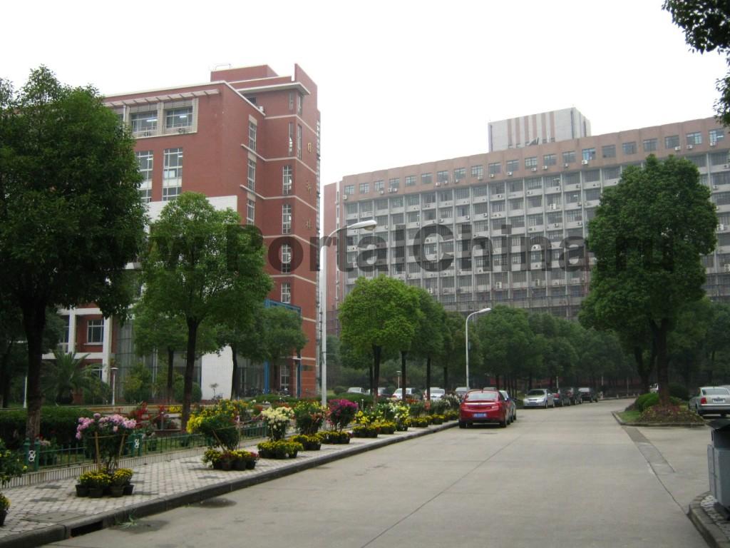 Шанхайский Университет: учебные корпуса и общежития