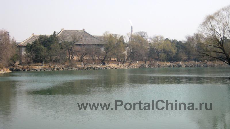 Peking University (15)