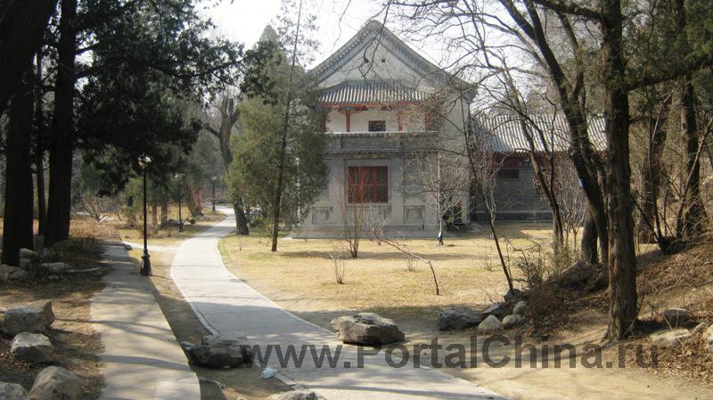 Университет Пекина стал первым вузом Китая, принимающим иностранных студентов на программы изучения китайского языка как иностранного