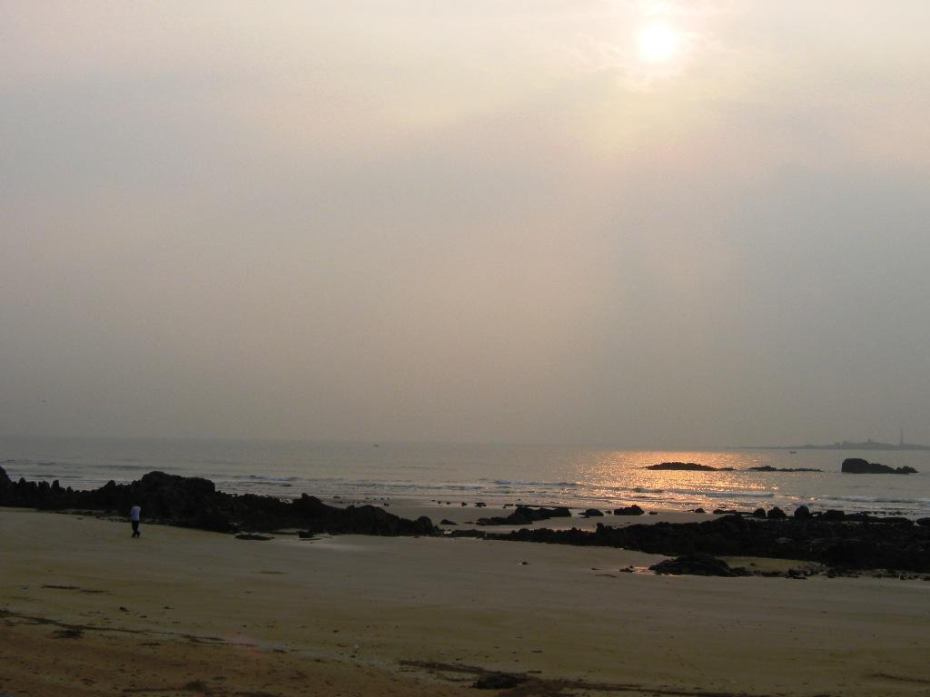 Qingdao sea walk (3)