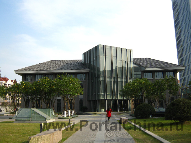 Университет Тунцзи (36)