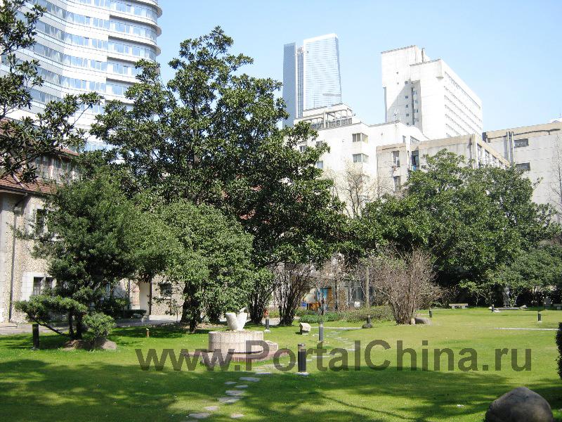 Shanghai-Theatre-Academy (1)