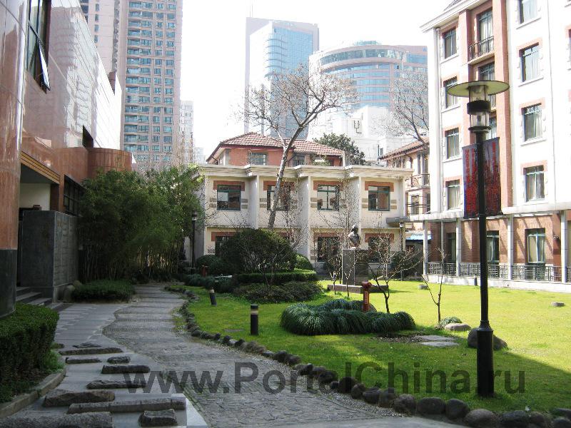 Шанхайская Театральная Академия является одним из передовых вузов Китая в области искусств