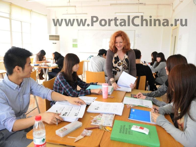 Выпускники Английского Колледжа в Шанхае получают степень одного из партнерских университетов Великобритании