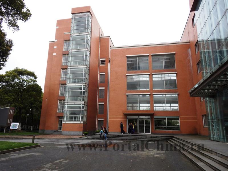School 2 ECNU (24)